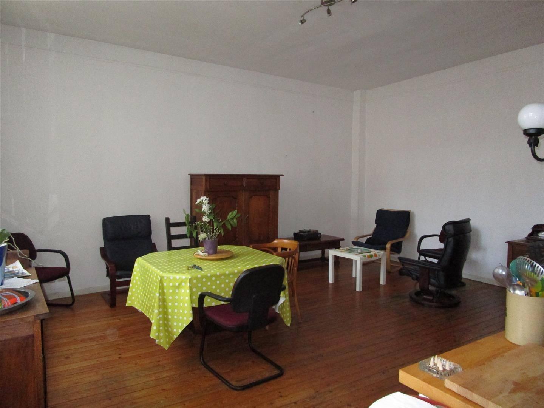 maison esprit loft avec cour id alement situ e en hyper centre du havre 76600 cabinet marie. Black Bedroom Furniture Sets. Home Design Ideas
