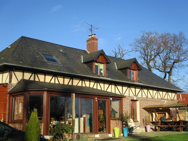Vendre belle maison normande t6 bien situ e 5 min de for Garage toyota le plus proche