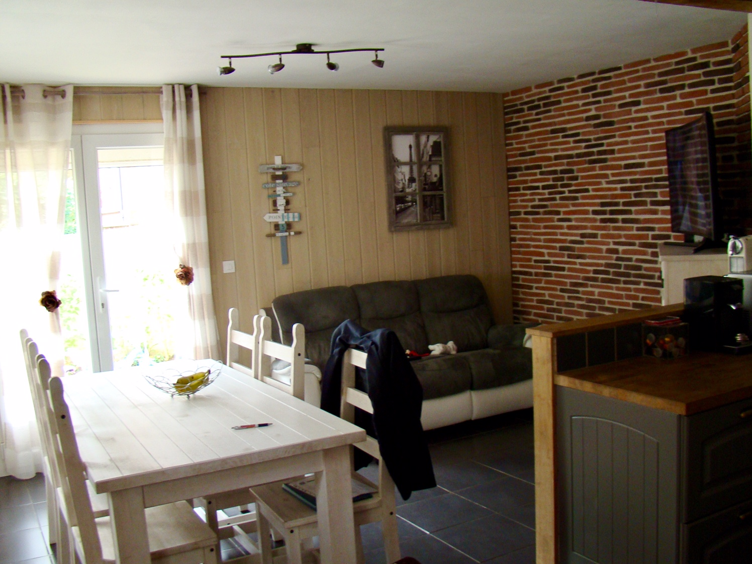 vendre charmante maison sur cour t3 bolbec 76210 centre ville cabinet marie. Black Bedroom Furniture Sets. Home Design Ideas