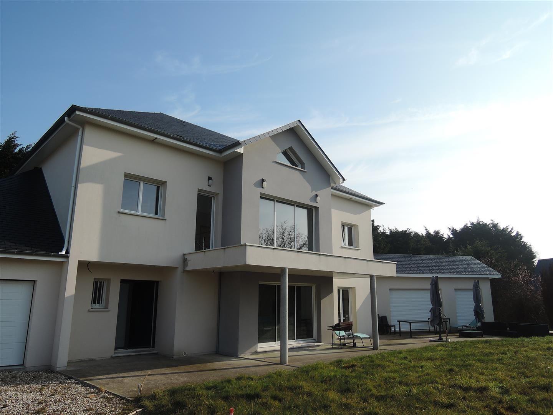 Maison tres contemporaine for Maison tres moderne