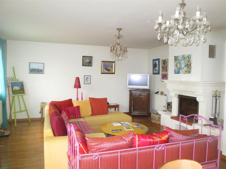 Ventes maison local commercial t5 f5 aplemont id al for Vente maison ou appartement